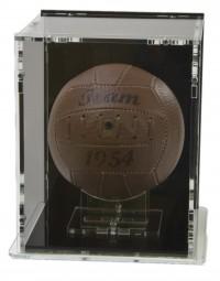 Mini-Fussball Vitrine mit schwarzem Boden und schwarzer Rückwand