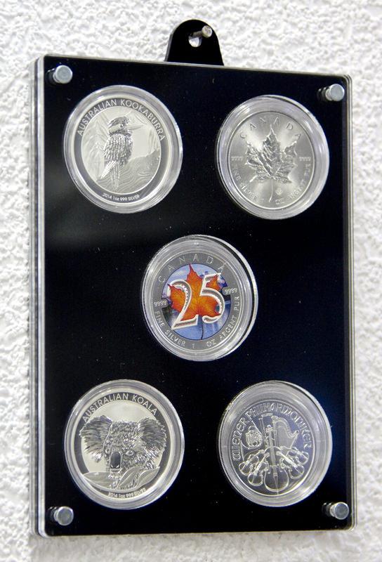 Der Münzrahmen an der Wand