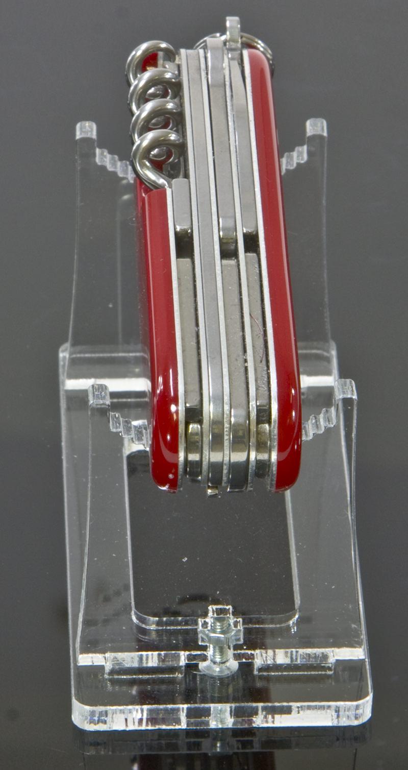 Der Taschenmesser-Ständer